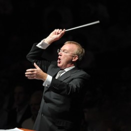 Martyn Brabbins conducting